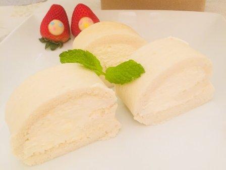 来一口云朵一样软乎乎甜蜜蜜的《白芝士蛋糕卷》