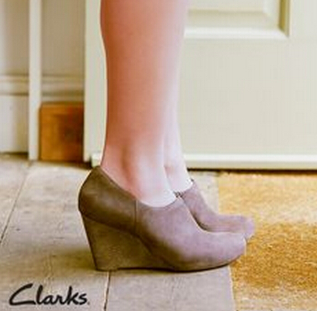 $67Clarks Purity Frost Wedges