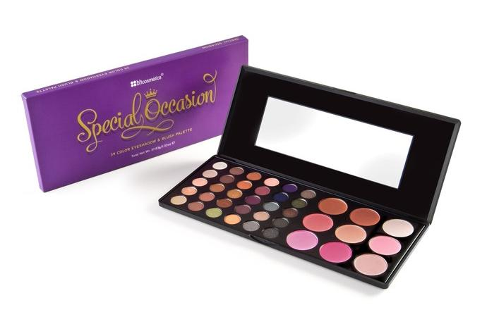$739 Color Special Occasion Eyeshadow and Blush Palette