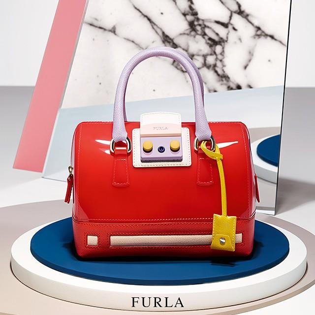 Up to 50% OffFlash Sale @ Furla