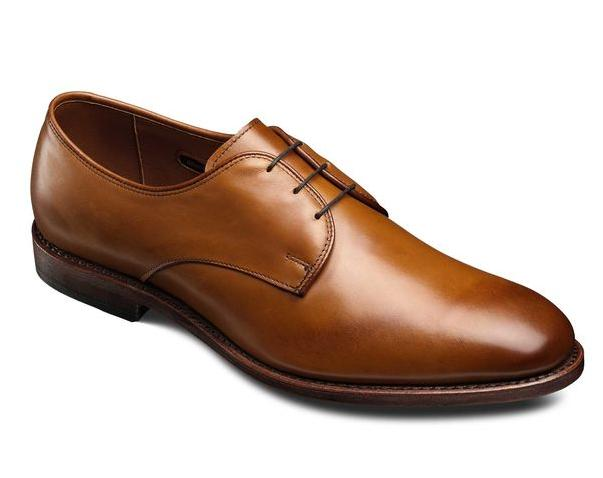 $192Men's Thomastown Plain Toe Dress Shoe in Walnut or Brown