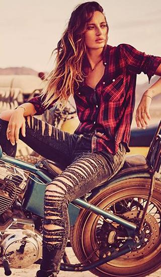 40% off + Free ShippingYour Entire Purchase @ True Religion