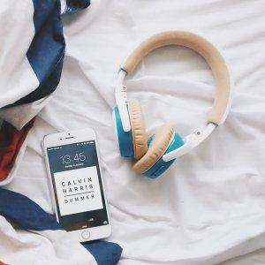$99Bose SoundLink on-ear Bluetooth headphones