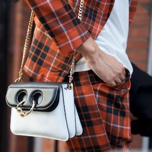 Up to 50% OffJw Anderson @ Farfetch