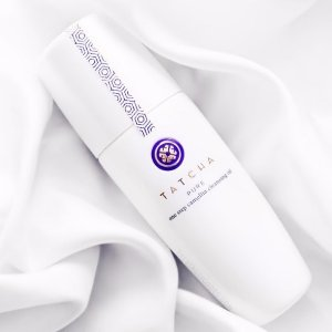 Free Full-Size Brightening Serum (Value $185)With $125+ One Step Camellia Cleansing Oil Purchase @ Tatcha