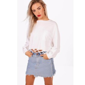 60% OffLabor Day Weekend Sale-Sitewide @ BooHoo
