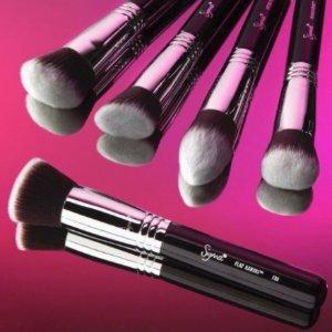 Extra 40% OffBrush Sets @ Sigma Beauty
