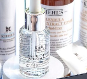 Enjoy 4 deluxe samples &limited edition canvas pouchClearly Corrective™ Dark Spot Solution @ Kiehl's
