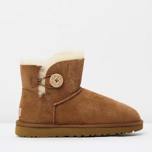 $129(原价$199) + 包邮UGG Mini Bailey 经典纽扣雪地靴(栗色)