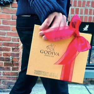 15% Off Select Gifts + Preview Our NEW Holiday Collection @ Godiva