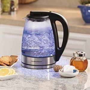 $39.99 (原价$65)Hamilton Beach 40865C 1.7升蓝色玻璃电水壶