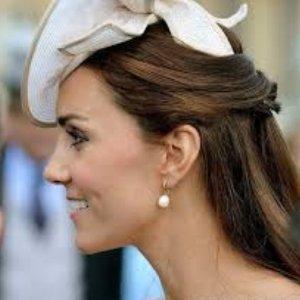 $75 (原价$150) 收凯特王妃相似款优雅耳环Links of London 精致女人珍珠耳环热卖