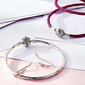 低至5折 樱花草戒指超美精选Pandora潘多拉手镯项链耳环热卖